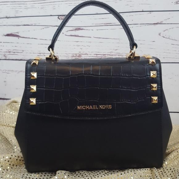 809825e8fbcdc7 Michael Kors Bags | Karla Medium Crosbody Satchel Nwt | Poshmark